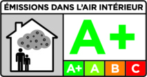 Une étiquette affiche les niveaux d'émission en polluants volatils (©developpement-durable.gouv.fr)